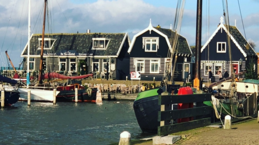 Desa Marken Belanda, IndoHolland Tours
