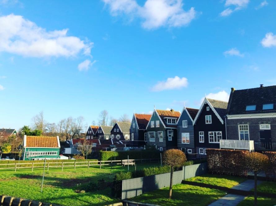 Marken Belanda, IndoHolland Tours