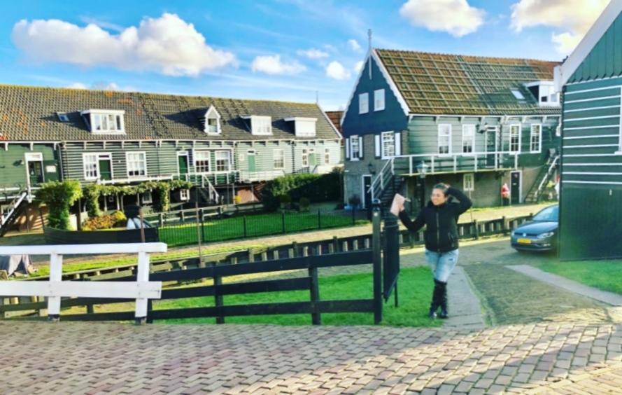 Rumah warga di Marken Belanda | IndoHolland Tours