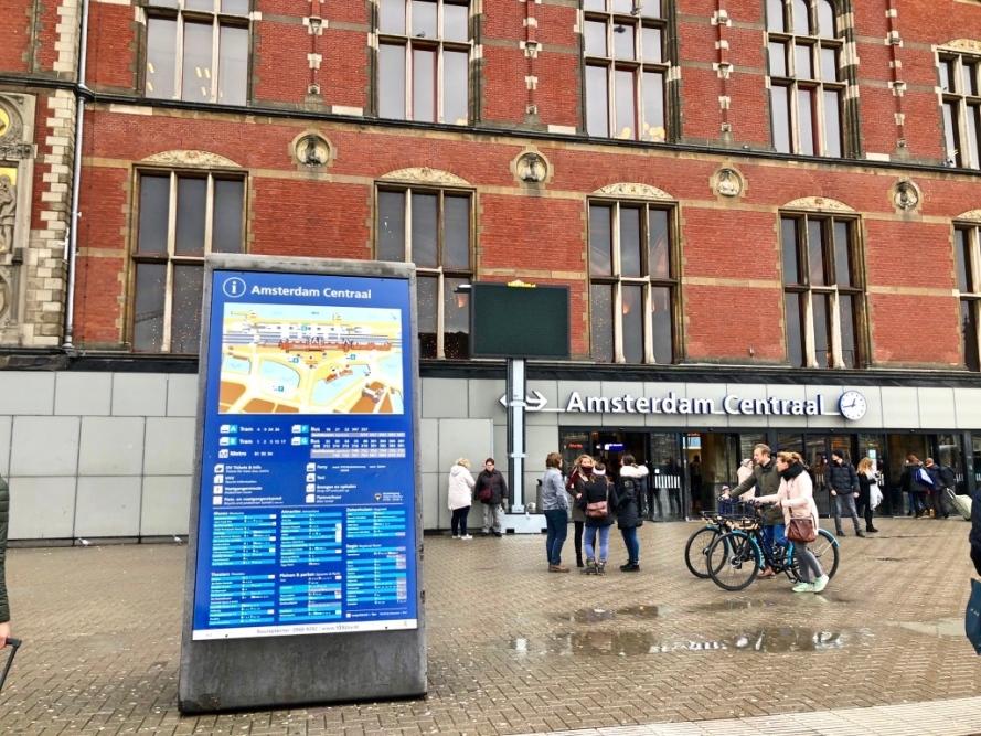 Amsterdam Belanda, Eropa Barat