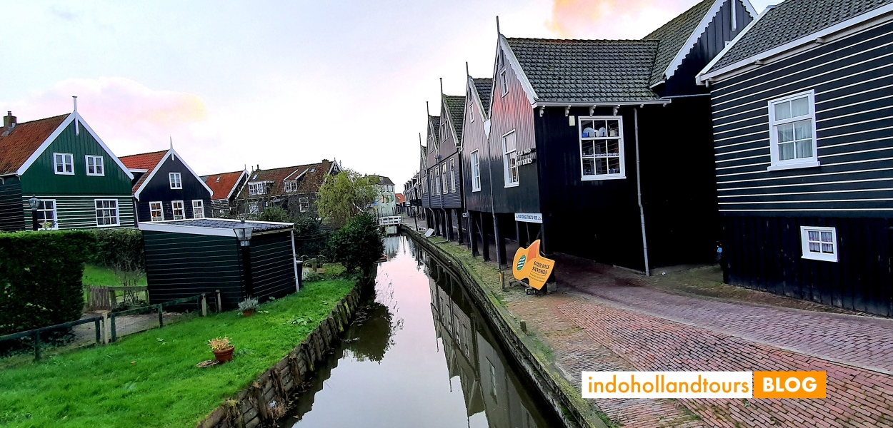 Marken, Belanda di Eropa