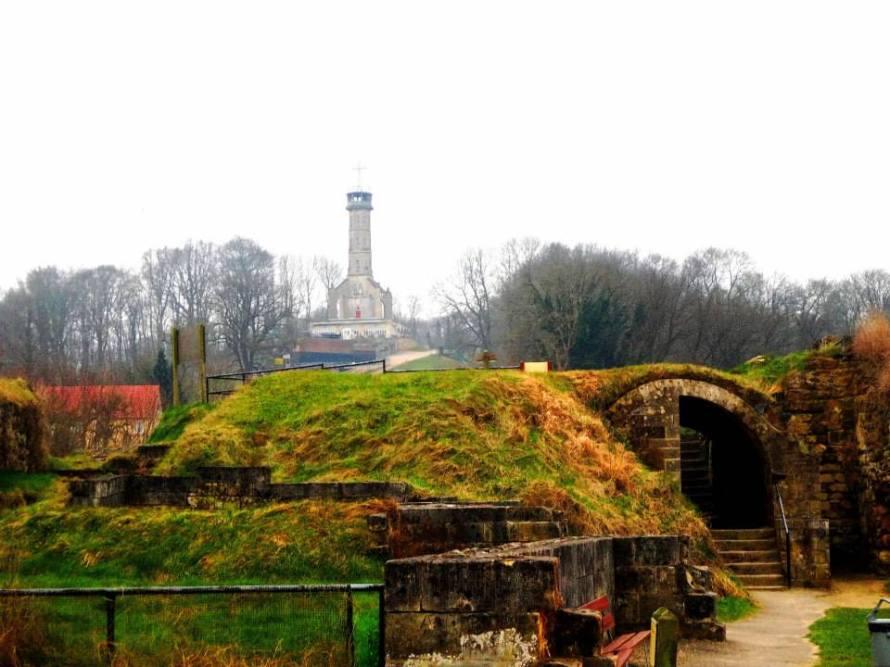 Valkenburg dekat Maastricht Belanda - IndoHolland Tours