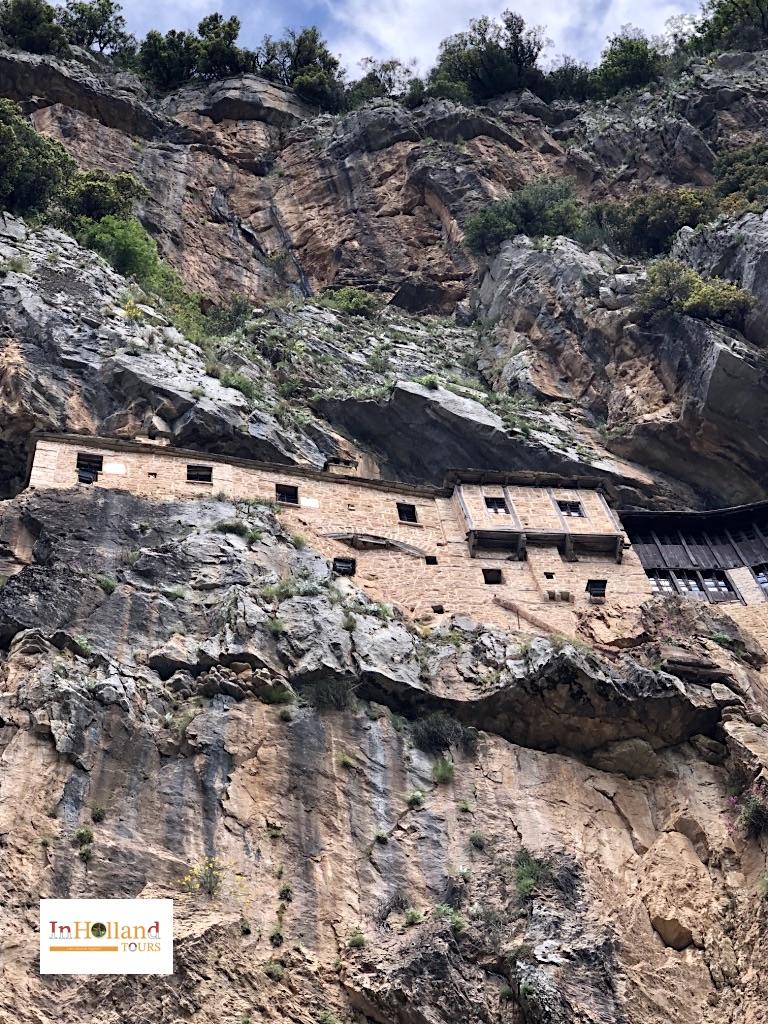 Biara Kipina Tzoumerka, Yunani Eropa