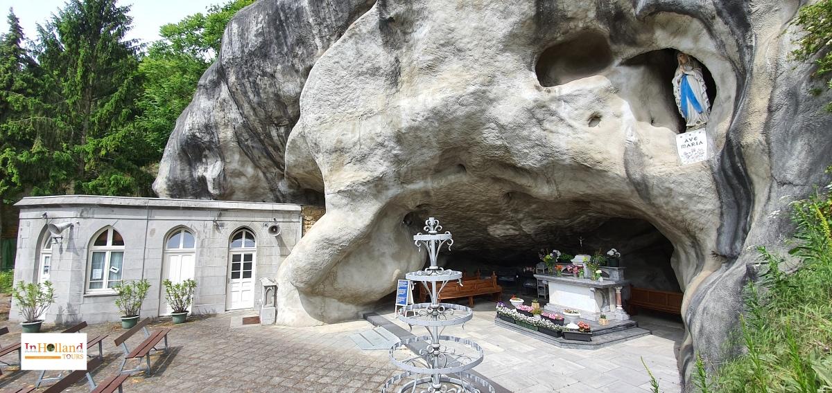 Ziarah ke Lourdesgrot di Belanda