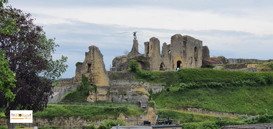Kunjungi kastil di Belanda Valkenburg Eropa