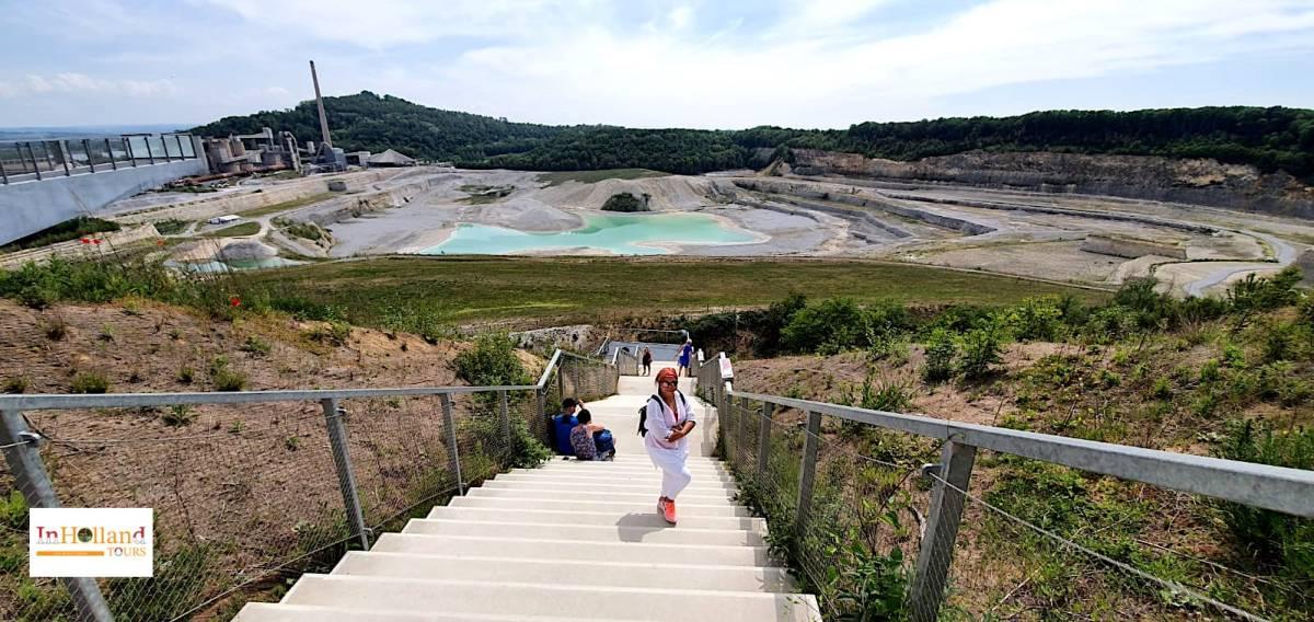 Tempat wisata Tambang Batu Kapur jadi populär
