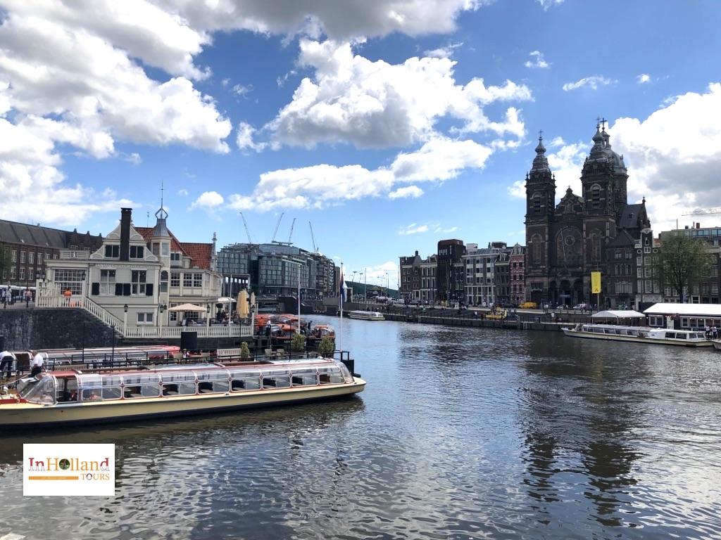 Cuti tahunan di Amsterdam