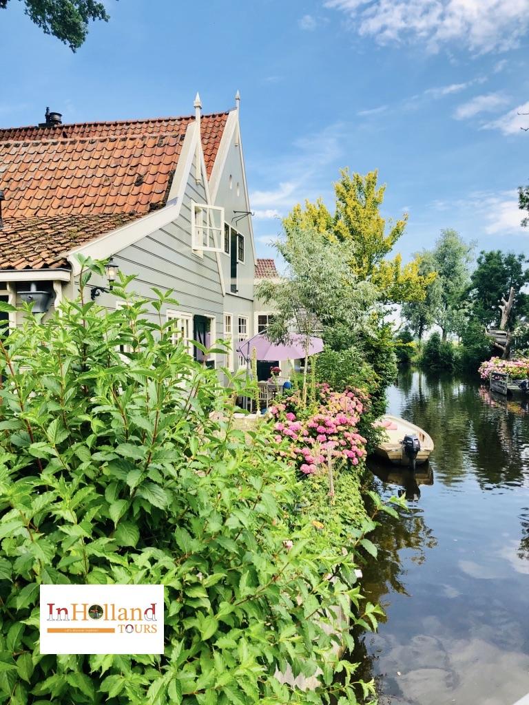 Visit Broek in Waterland, North-Holland