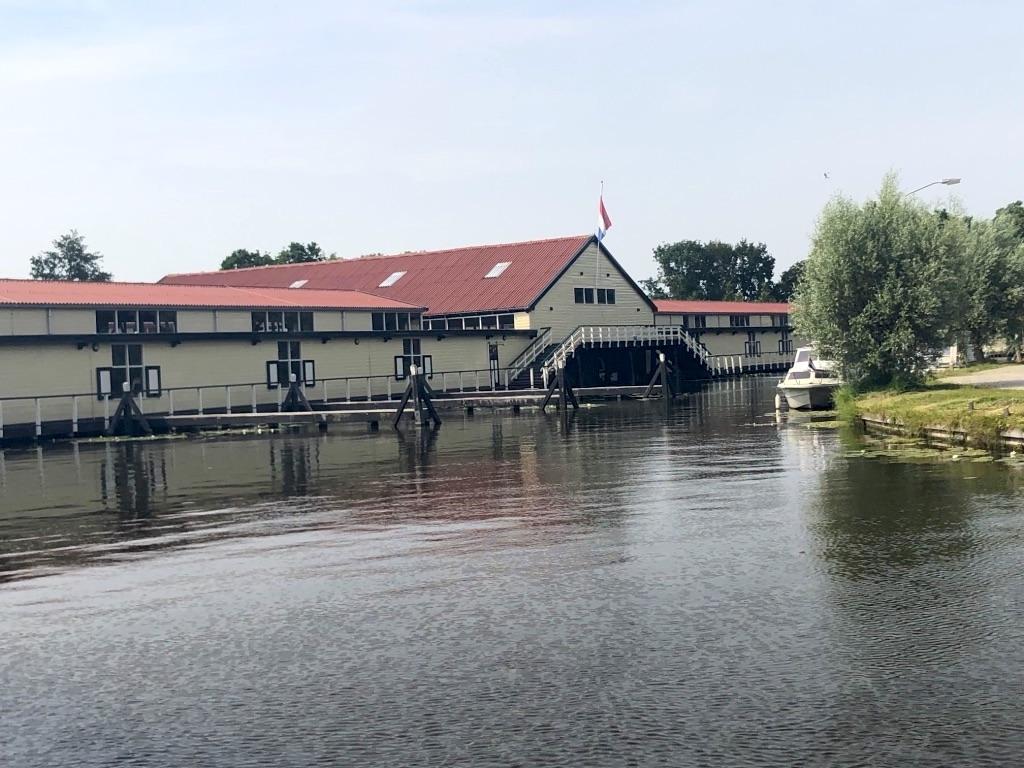 broekoplangediijk1-belanda-indoholland-tourscom