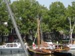 Khas tradisional Belanda