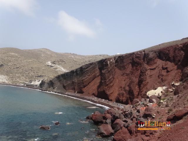 Pantai merah di Santorini