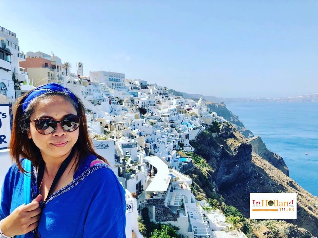 kota Thira, di pulau Santorini, Yunani