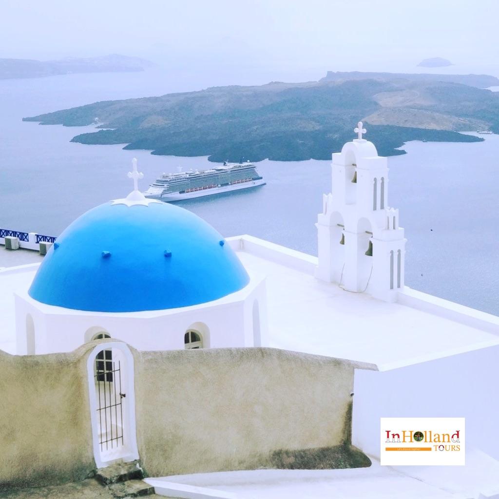 liburan ke Santorini